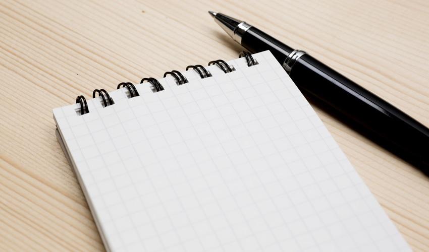 「伝言メモ」はビジネスの基本!瞬時に用件が伝わる上手なメモの書き方
