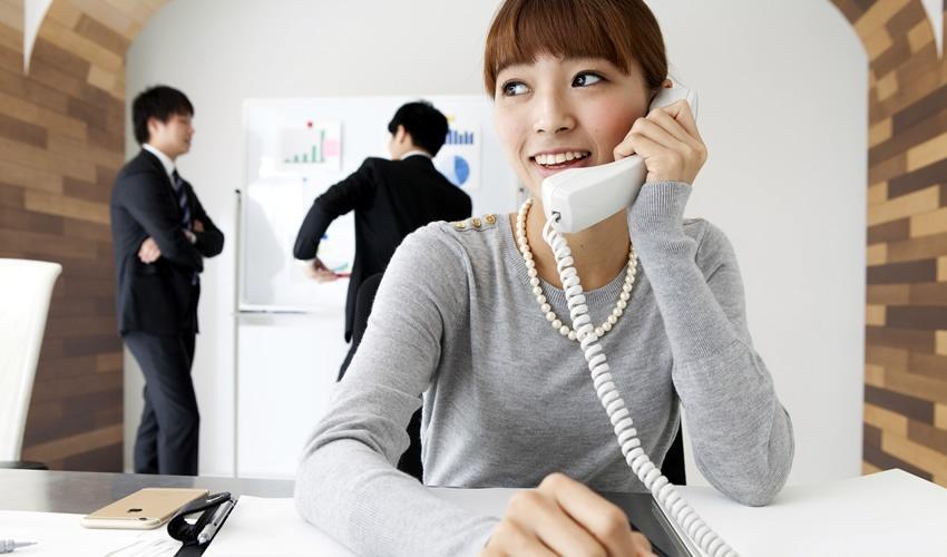 苦手意識を克服しよう!電話応対が楽になるコツ
