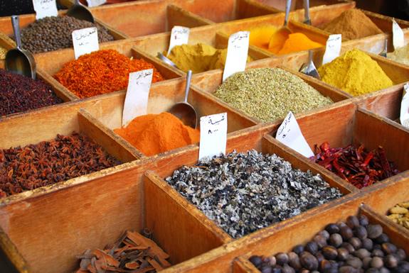 香辛料が貿易を発展させた!?スペイン・ポルトガルの大航海時代の背景