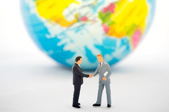第三者の協力・承認を得て発行する「譲渡可能信用状」