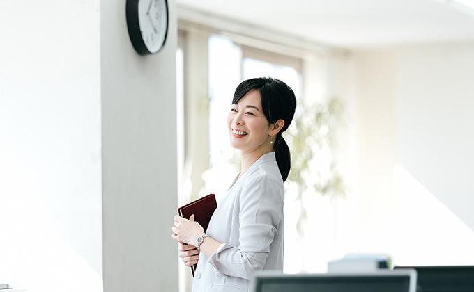 秘書で活躍するあなたへ未来を一緒に考えませんか?多数の実績があるパソナがキャリアアップをサポート