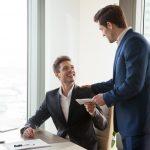 先輩として尊敬される経理・会計・財務になるには?