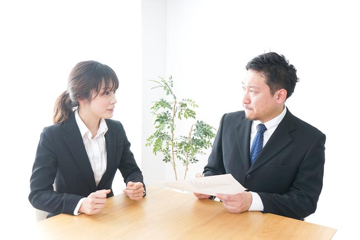 まずは営業へ相談、改善が見込めないなら契約更新をしない選択も可能
