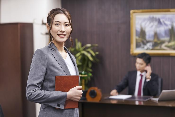秘書って正社員になれる?未経験OKの秘書求人の探し方と先輩からのQ&A