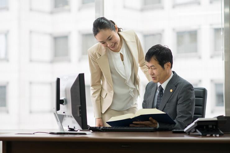 未経験から秘書のお仕事にチャレンジする場合、まずは派遣がオススメ