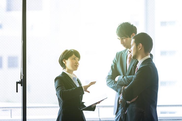 秘書になるためには、どのような資格やスキルが求められる?