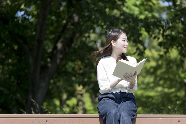 この秋は読書で心にサプリメントを!働く女性にオススメしたい話題の本をご紹介